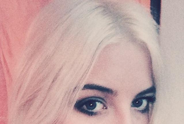 Blondieren, blondierung, ansätze, blond, anleitung, einfach blondieren, selbst blondieren, ansätze färben