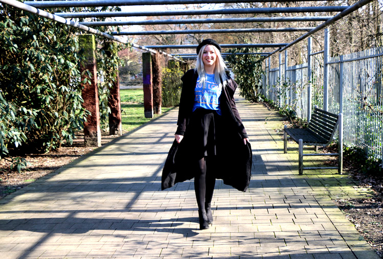 OOTD, Frühlings outfit, Rock, Tellerrock, Rock stylen, Hut, hut stylen, runde Sonnenbrille, park, outfit, look, der perfekte look, sparklynosetwinkletoes, blond, blogger, fashion blogger, beauty blogger, mode blog, deutschland, nürnberg
